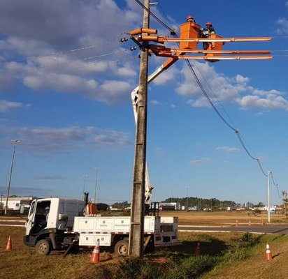 Porto Velho e três municípios recebem obras para melhoria da rede de distribuição de energia elétrica