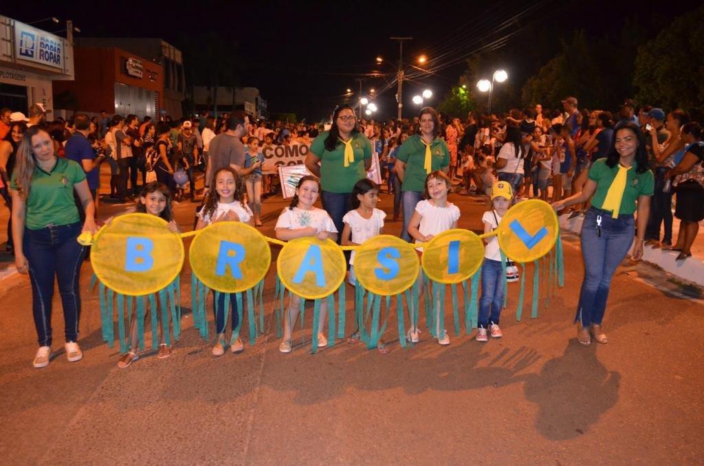 Rolim de Moura - Desfile Cívico de 7 setembro encanta público e arranca elogios - Gente de Opinião