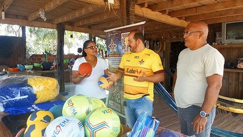 Programa Renascer Pelo Esporte beneficia Vila de Samuel com materiais esportivos e de lazer
