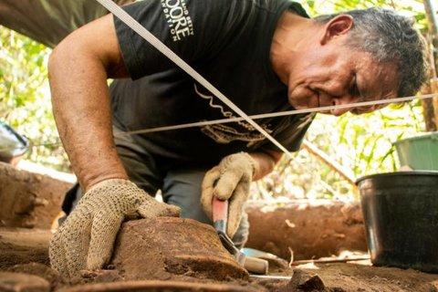 Pesquisadores descobrem complexo arqueológico na Amazônia Central