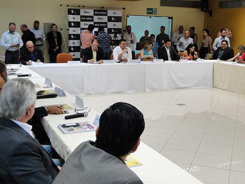 Parlamentar de Rondônia assina adesão ao MRPE