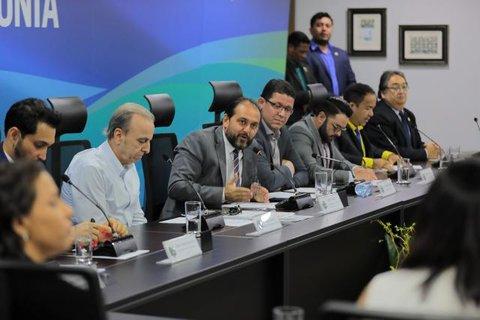 Presidente Laerte Gomes sugere menos burocracia para tratar impasses no convênio entre Sesau e Hospital do Amor