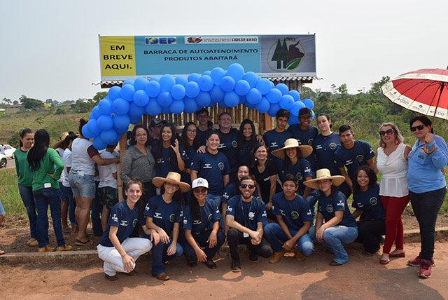 Alunos do Abaitará montam barraca de autoatendimento com apoio da Sicoob Credip - Gente de Opinião
