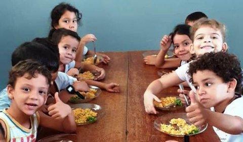 Programa Escola Viva: Alimentos da agricultura familiar garantem merenda de qualidade nas escolas do município de Cacoal