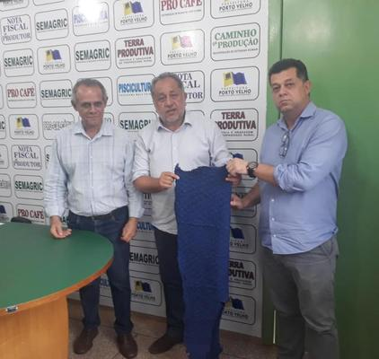 Semagric elabora projeto para industrializar couro de pirarucu