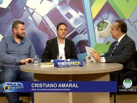 Dr. Aparício Carvalho entrevista o Dr. Cristiano Amaral coordenador do curso de engenharia elétrica e o coordenador do curso de engenharia de produção Leandro Valkinir