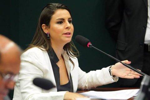 Mariana Carvalho entra com projeto para impedir reajuste de energia em Rondônia