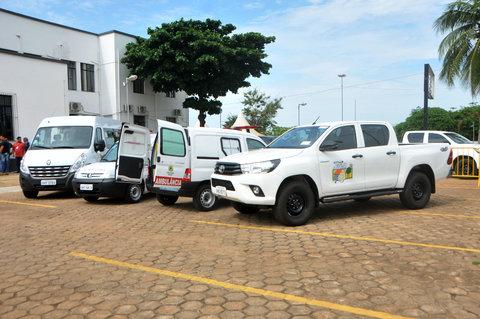 Prefeito de Porto Velho entrega veículos e ambulâncias para a saúde