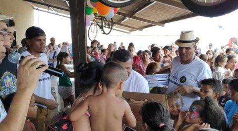 Loja Quéops nº 11 leva alegria e diversão para zona Leste no Dia das Crianças