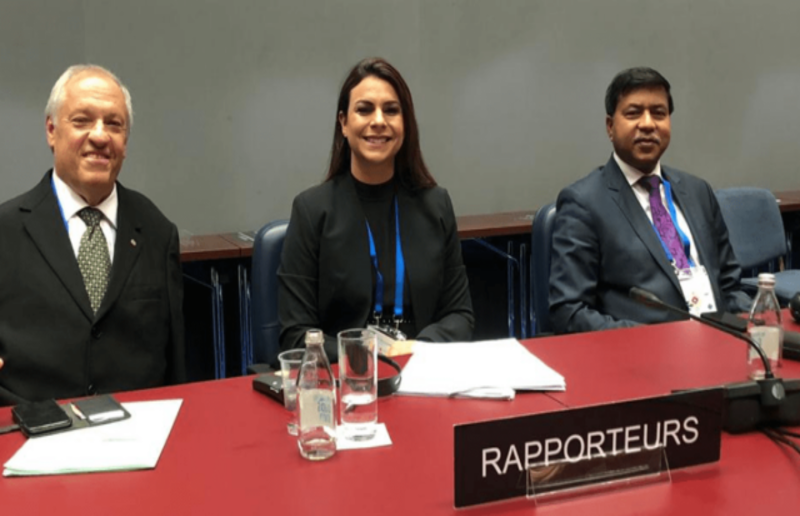 Mariana Carvalho apresenta declaração sobre cobertura universal de saúde em assembleia da União Interparlamentar