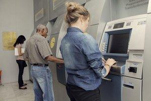 Servidores podem sacar o salário a partir do dia 26 - Gente de Opinião