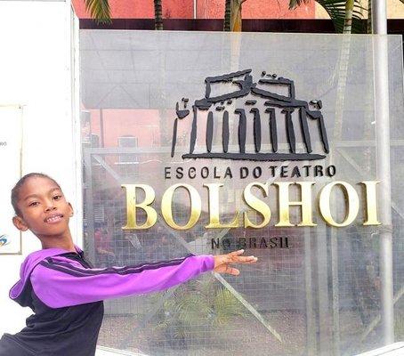 Aluna de Rondônia vai estudar balé clássico na Escola Bolshoi, em Joinville