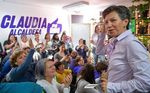 Claudia López prefeita, primeira mulher a comandar a capital da Colômbia