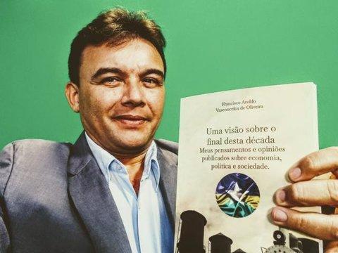 Lançamento oficial do livro do economista Francisco Aroldo