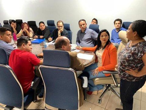 Vereadora Cristiane Lopes realiza reunião para esclarecer dúvidas sobre eleições dos Conselheiros Tutelares