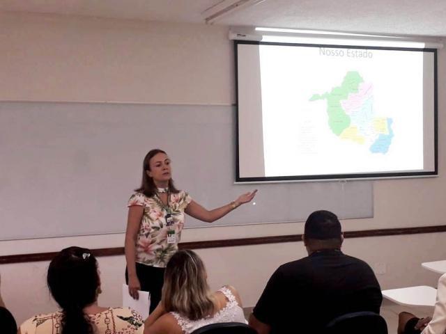 Coordenadora de assistência de atenção integral à saúde, Aline Vilela. - Gente de Opinião