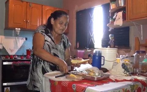 Costureira descobre o paradeiro da família ao pedir ajuda durante os programas da SIC TV