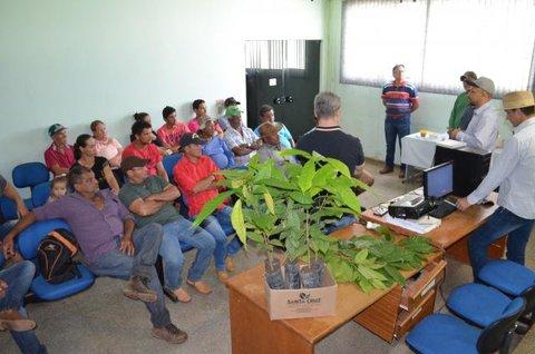 Agricultores de Alta Floresta participam de capacitação oferecida pela Semagri de Rolim sobre Cacau