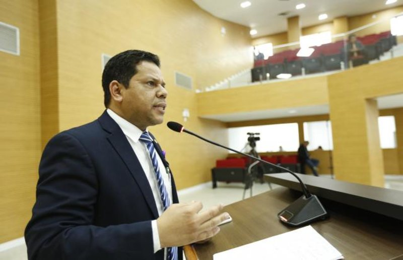 Jair Montes exige explicações para áudios vazados de promotora de Justiça envolvendo seu nome