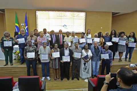 Sessão Solene marcou a entrega da honraria a 30 homenageados, no Dia da Consciência Negra