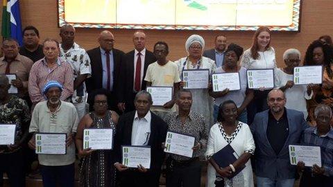 Sessão Solene em comemoração ao Dia da Consciência Negra na ALE  + Lenha na Fogueira