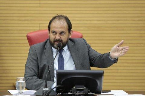 Presidente Laerte Gomes denuncia abuso nas operações da Lei Seca