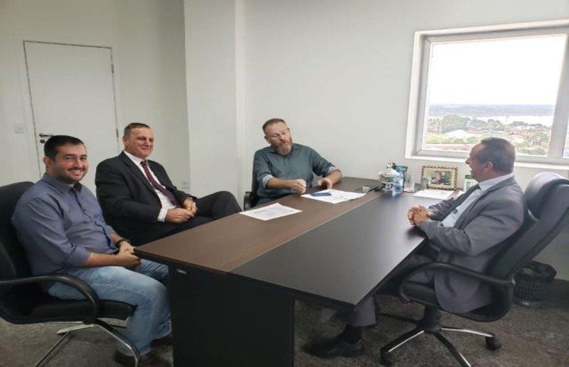 Governo atende pedido do deputado Adelino Follador e abre processo seletivo na Idaron