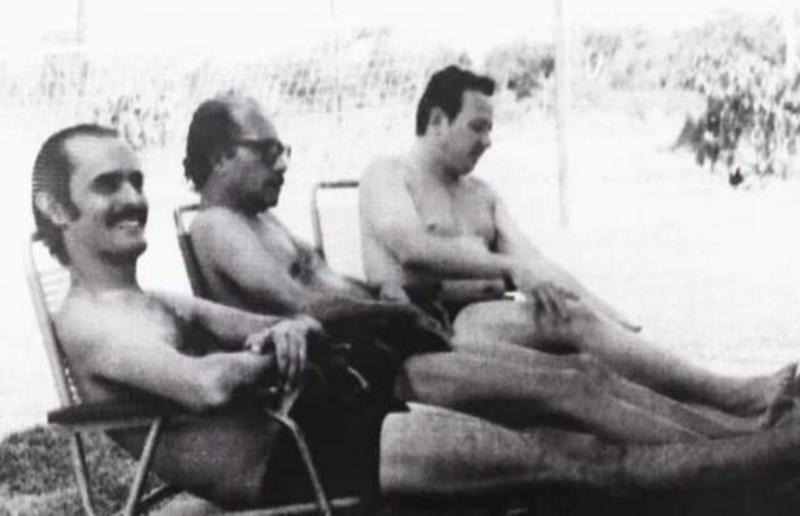 Década 70, onde vemos Ciro Pinheiro, Euro Tourinho e Rochilmer Melo da Rocha, em um dos muitos balneários da capital.
