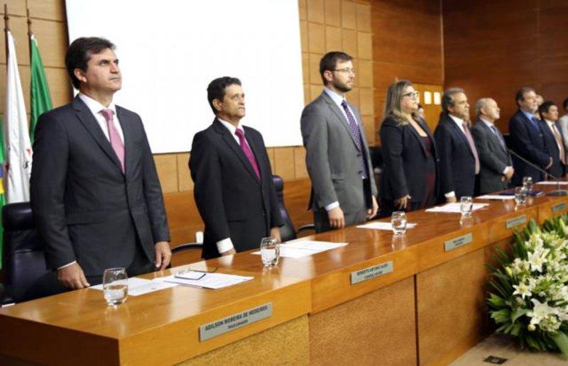 Presidente eleito do TCE-RO e novo procurador-geral do MPC-RO são empossados