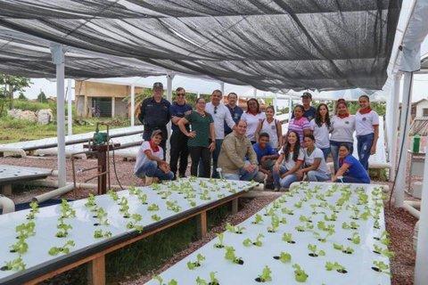 UHE Jirau entrega horta de cultivo hidropônico para o Colégio Tiradentes da Polícia Militar em Jaci Paraná