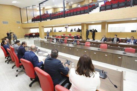 Em sessões extraordinárias, deputados aprovam três projetos encaminhados governo de Rondônia