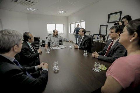 Presidente Laerte Gomes recebe cúpula do Tribunal de Justiça durante visita institucional